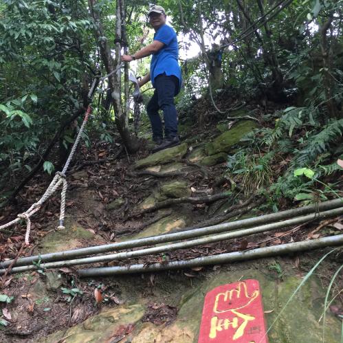180814內湖區金面山登山步道剪刀石打印台重建事宜